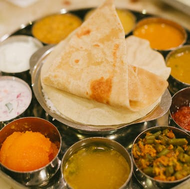 The First Timer's Guide To Indian Restaurants feature image