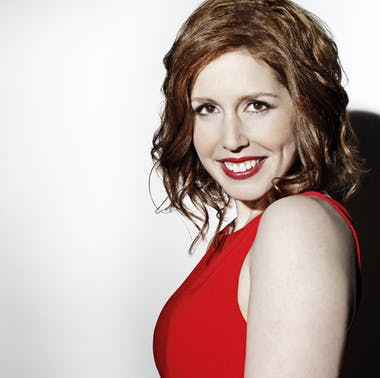 Vanessa Bayer of SNL feature image