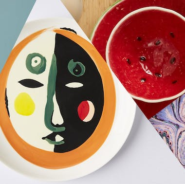 23 Bright, Cheerful, And Weird Dining Decor Finds