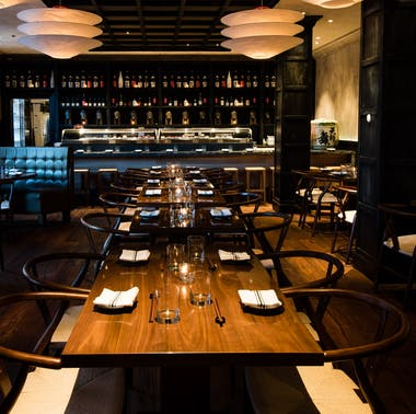 A Guide To the Best Boston Restaurants For Celebrations feature image