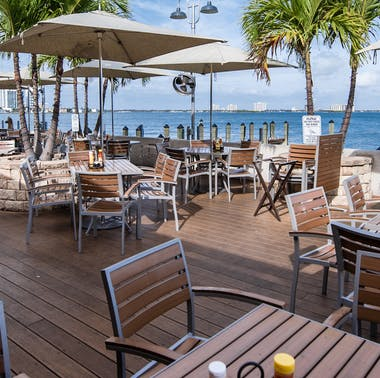 """A """"Bagel Ball"""" Pop-Up And Shuckers Reopens: The Weekly Miami Restaurant Update"""
