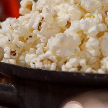 8 Oscar-Nominated Movies & What To Eat While You Watch Them