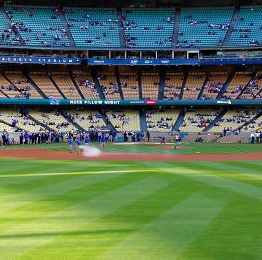 The Best Things To Eat at Dodger Stadium feature image