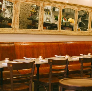 10 NYC Restaurants That Are Over 10 Years Old And Still Awesome feature image