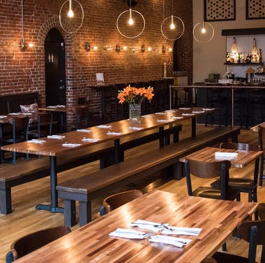 14 Great Restaurants That Aren't Closed On Monday