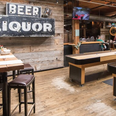 16 Great Bars With Activities feature image