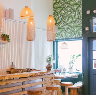 """A Guide To The """"Super Cute Reasonably Priced Restaurant To Catch Up With A Few Friends"""""""