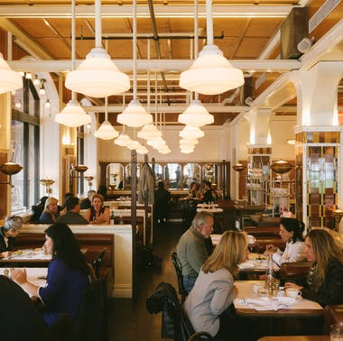 Great Brunch Spots You Can Actually Get Into feature image