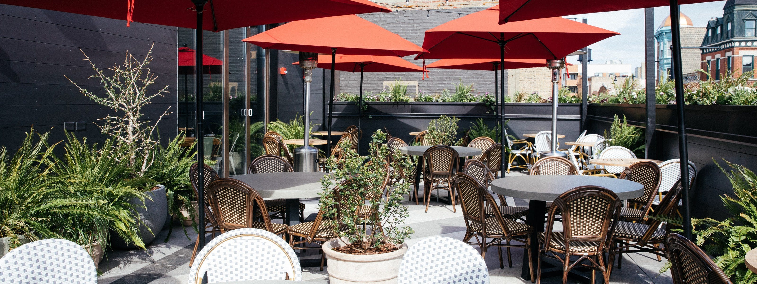 Chicago Restaurants With Outdoor Seating That Have Reopened Chicago The Infatuation