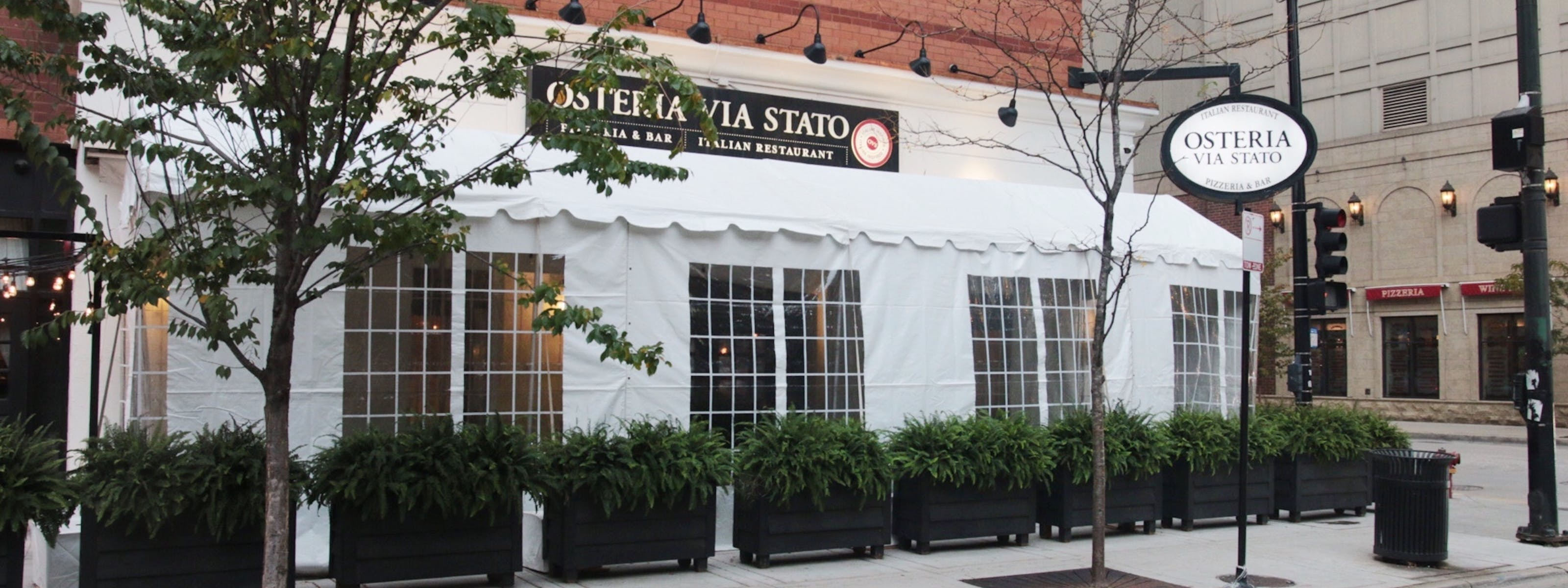 Chicago Restaurants With Tents, Domes, And Greenhouses For Outdoor Dining