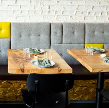 The Best Chicago Restaurants For A Double Date