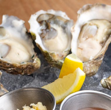 I'm In Love With Dudley Market's Oysters + 4 Other Spots For Sweet, Sweet Mollusks