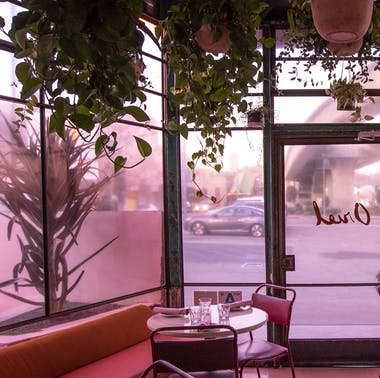 The Best Bars For A First Date In LA