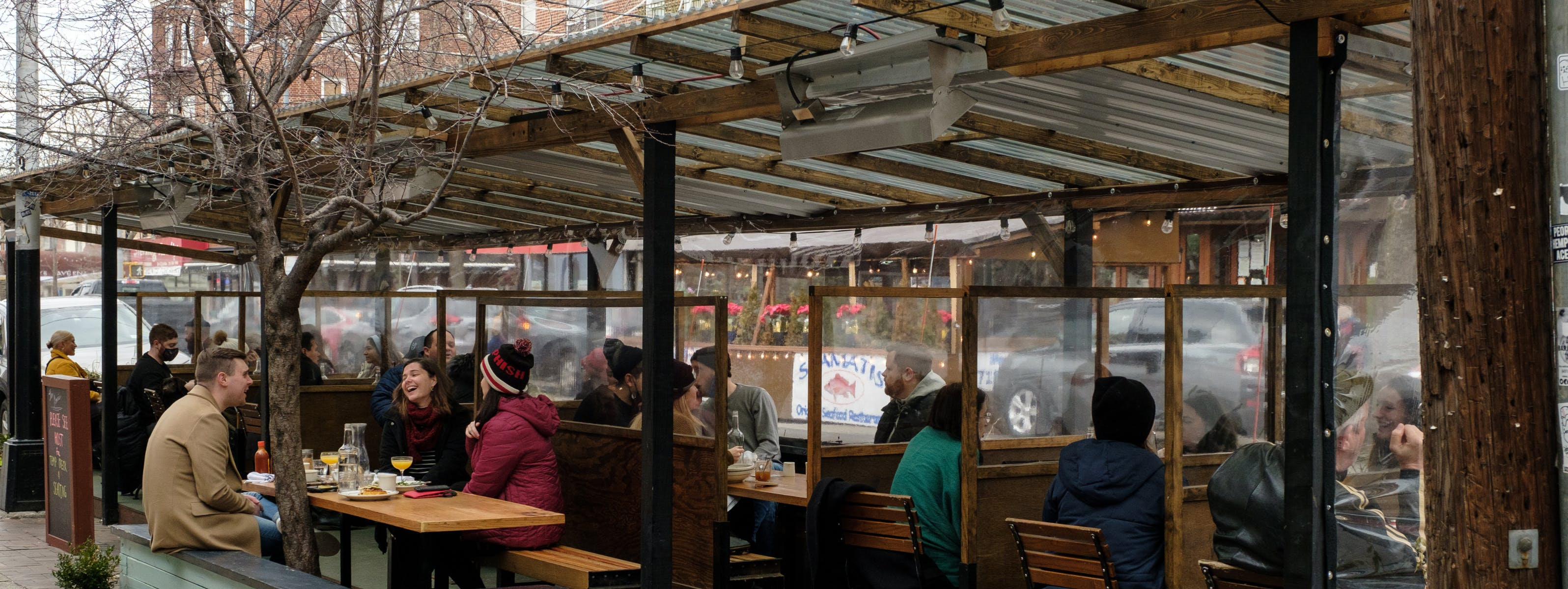 NYC Bars With Outdoor Heat Lamps