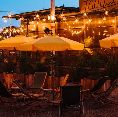25 Great Places to Eat Outside In Atlanta Right Now