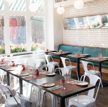 17 Great Restaurants That Aren't Closed On Mondays