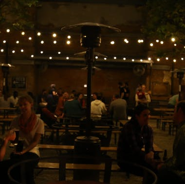 7 Philly Restaurants With Outdoor Heat Lamps & Fire Pits