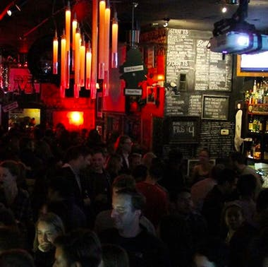 13 SF Bars Where You Can Actually Meet People feature image