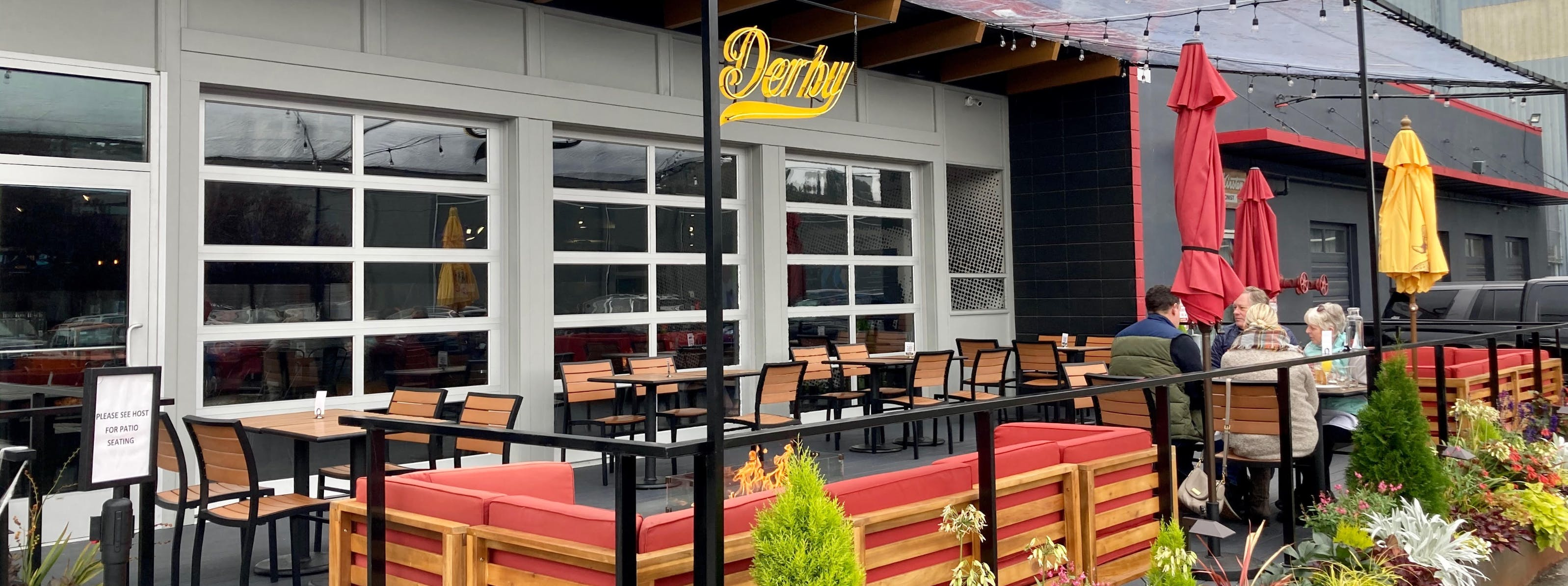 Seattle Restaurants With Tents, Heat Lamps, & Fire Pits
