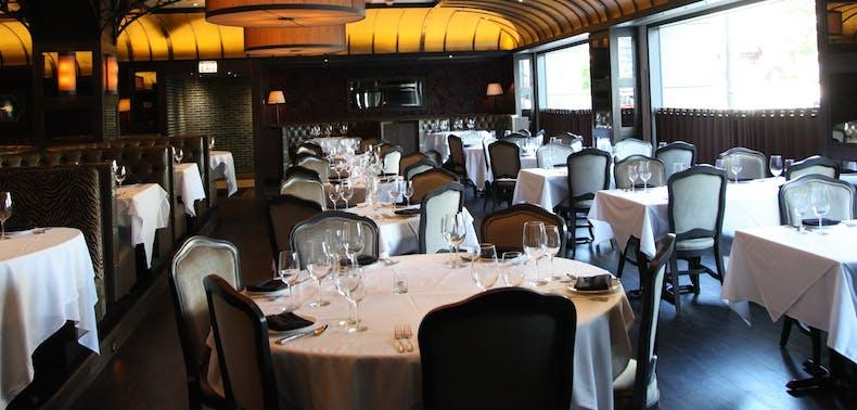 12 Great Chicago Restaurants For Thanksgiving Dinner