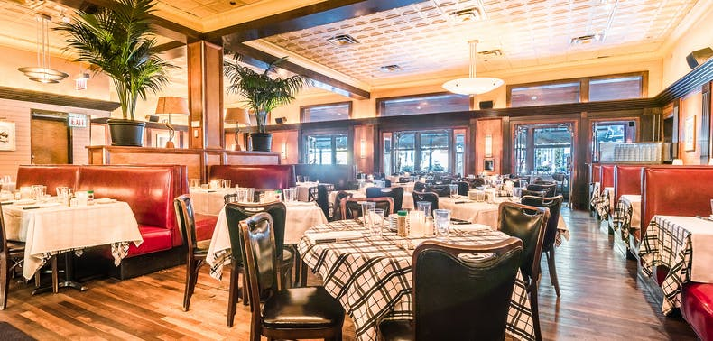 The 13 Best Steakhouses In Chicago