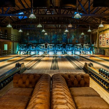 The Best LA Bars For Your Birthday feature image