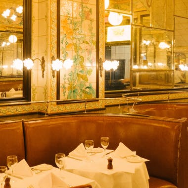 The Best Places To Eat In The Financial District feature image