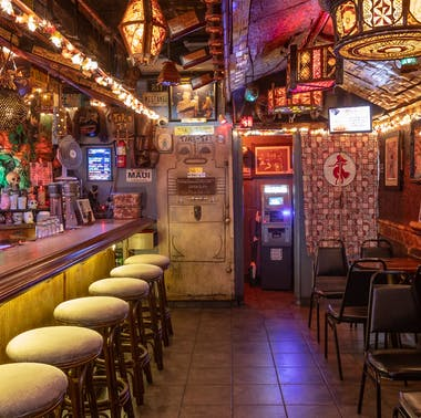 The Best Sh*tshow Bars In Los Angeles