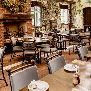 Where To Brunch Outside In West Hollywood