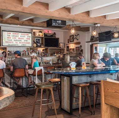 Where To Eat After Hitting The Beach feature image