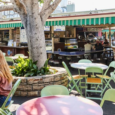 Where To Eat At The Original Farmers Market