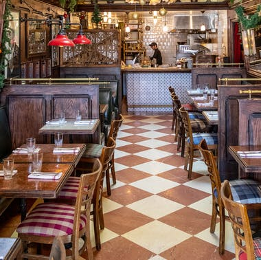 Where To Eat & Drink On The Sunset Strip