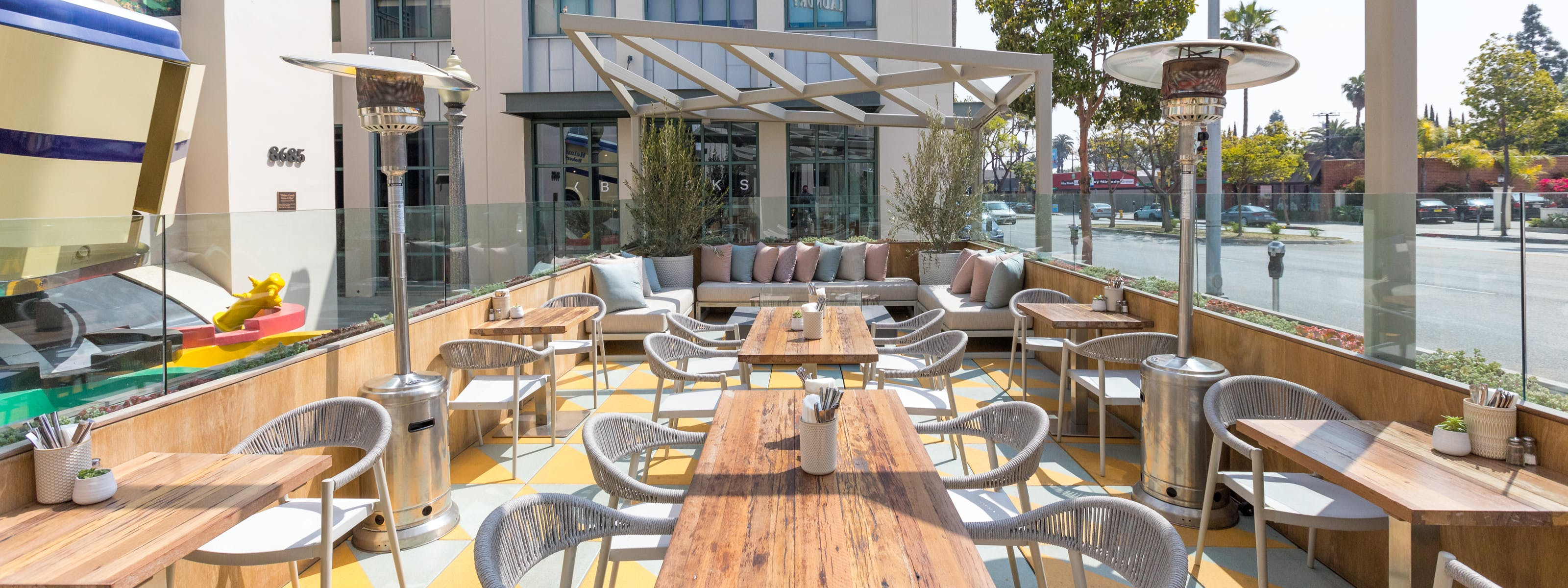 Outdoor Dining In Culver City Palms And Mar Vista Culver City Los Angeles The Infatuation