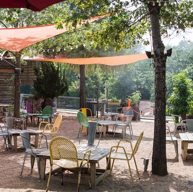 Where To Eat Outside In Fort Worth