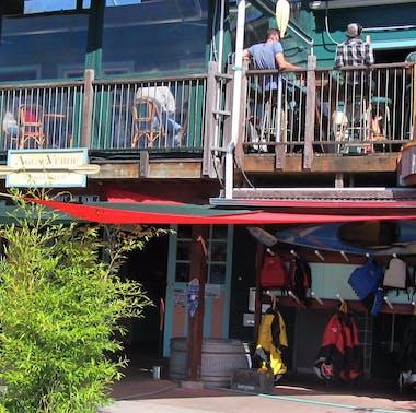 Agua Verde Cafe feature image