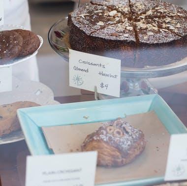 Madruga Bakery feature image