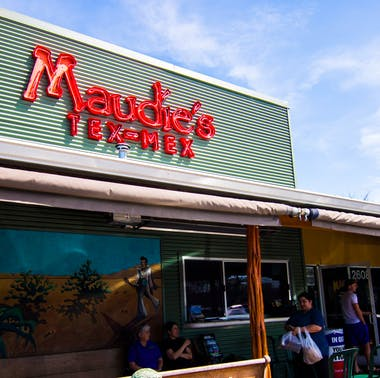 Maudie's Cafe feature image