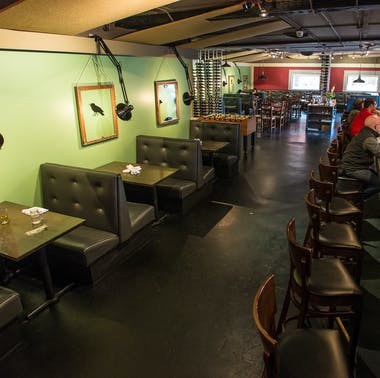 Lou's Food Bar feature image