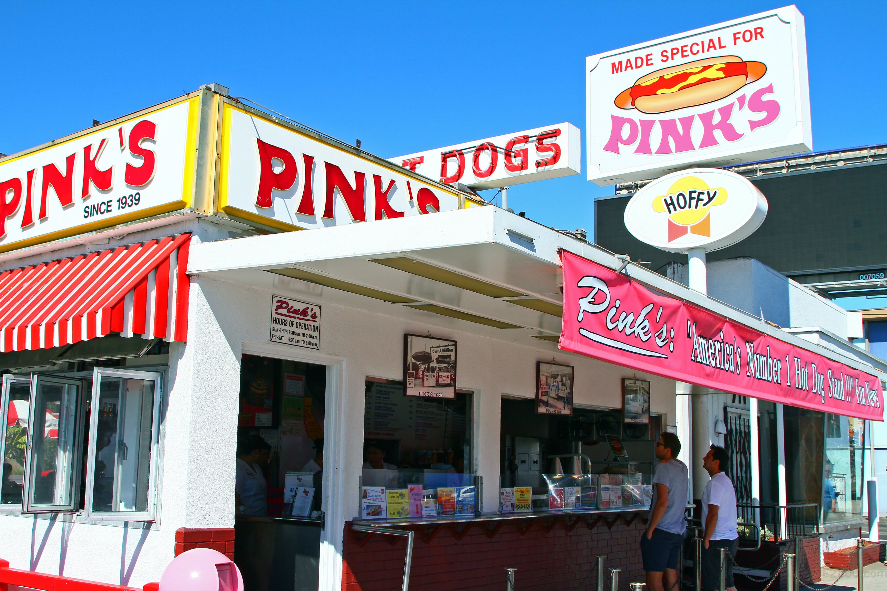 Pink S Hot Dogs Hollywood Los Angeles The Infatuation