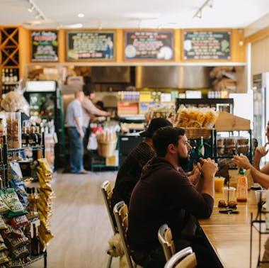The Oaks Gourmet Market feature image